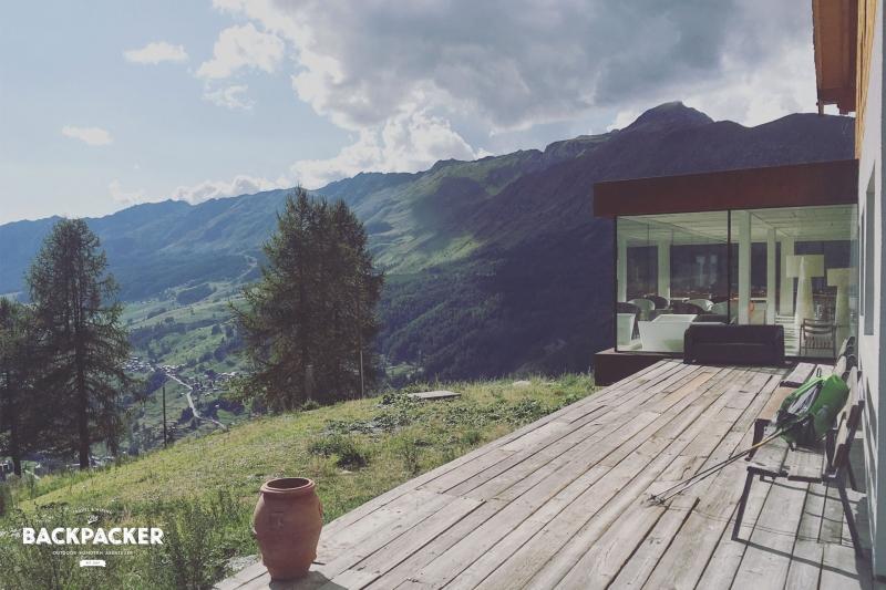 Blick von der Terrasse des Hotel Cré Forné ins Ayas-Tal