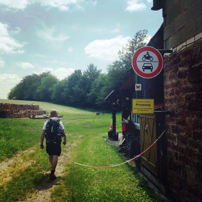 Auf unser Wanderung durch den Süden des Spessarts folgen wir mal den Hauptwegen, mal abseitigen Pfaden.