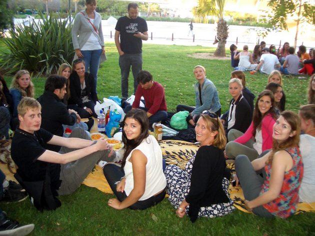 Neue Freunde, interessante Erfahrungen, gemeinsame Unternehmungen – Sprachschüler in Spanien