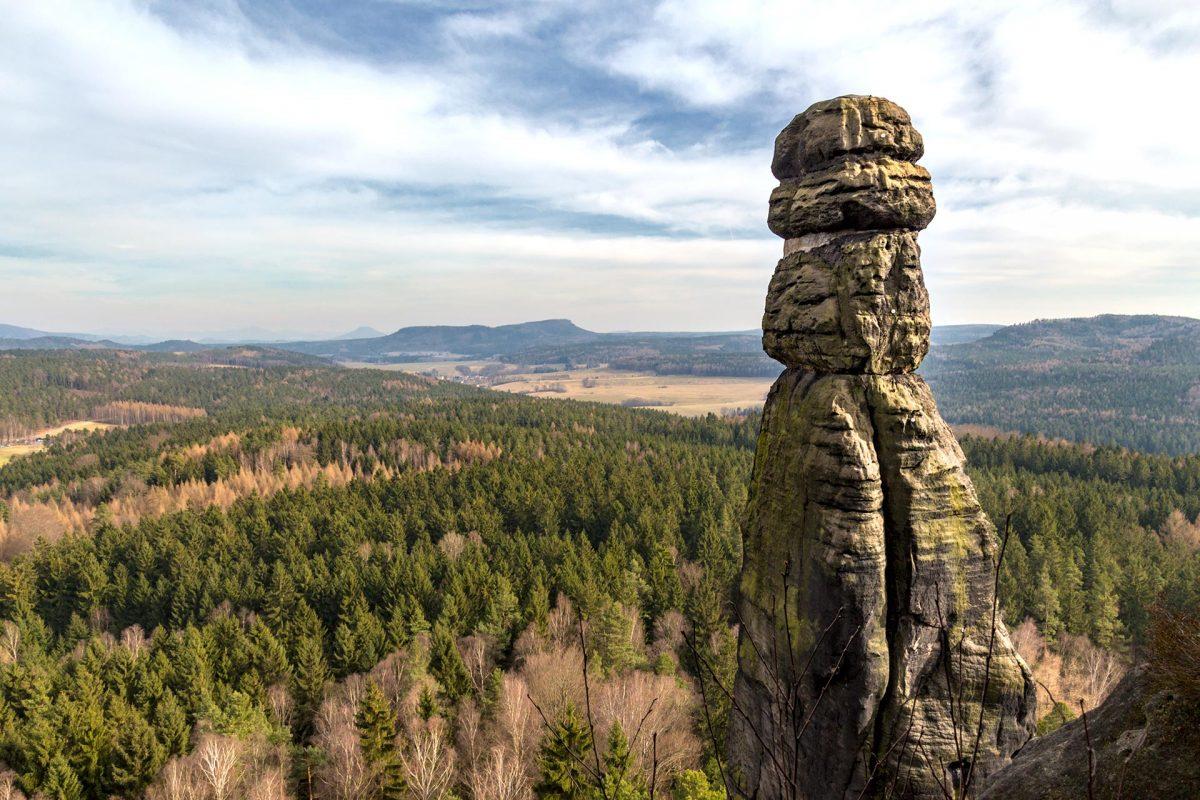Über 40 Meter in die Höhe streckt sich die Barbarine als solitärer Kletterfelsen.