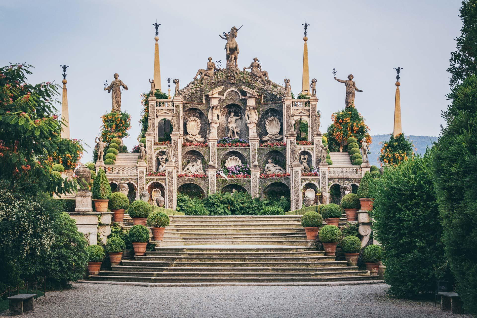 Isola Bella, die Schöne, macht ihrem Namen alle Ehre — Palazzo Borromeo.