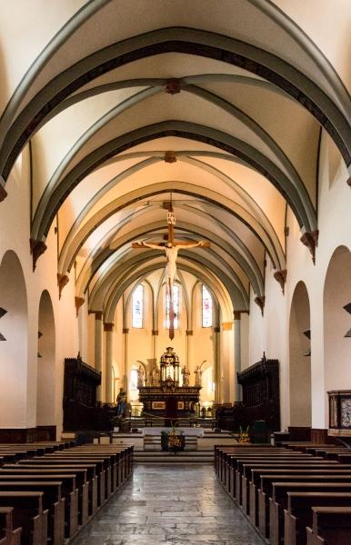Schon der Name klingt geheimnisvoll: Cattedrale di Santa Maria Assunta e San Giovanni Battista. Die Kathedrale von Aosta wurde bereits im 4. Jahrhundert vom Bischof Eusebio di Vercelli gegründet.