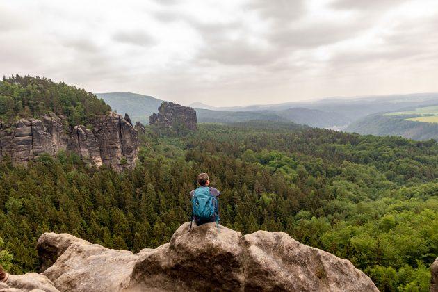 Blick von den Schrammsteinen ins böhmische Land