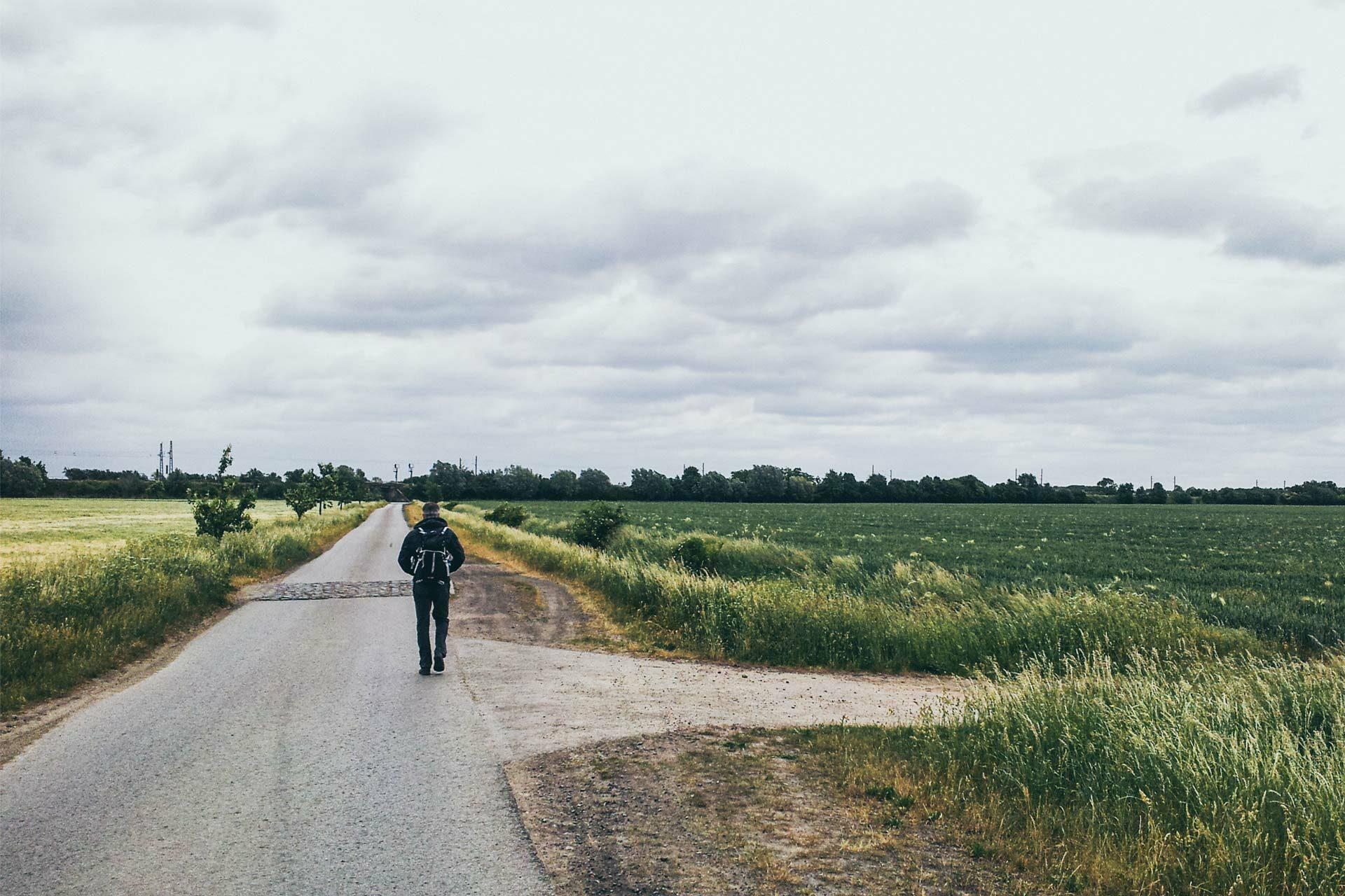 Viele Weg führen nach Dahrenstedt und auch wieder davon weg. Dieser hier in Richtung Heeren.