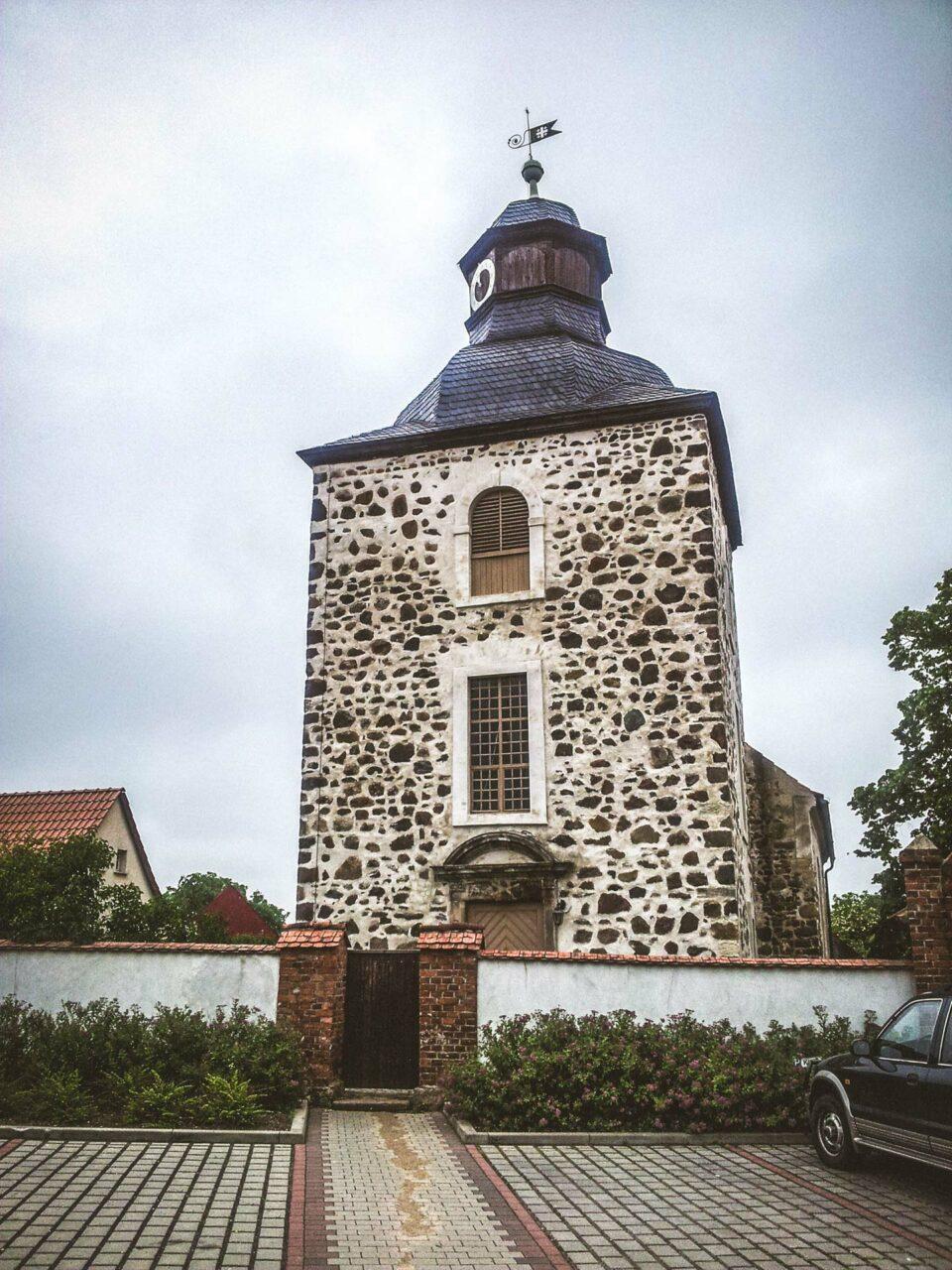 Die Wehrkirche von Rogätz hat schon viel an deutscher Geschichte überstehen dürfen.