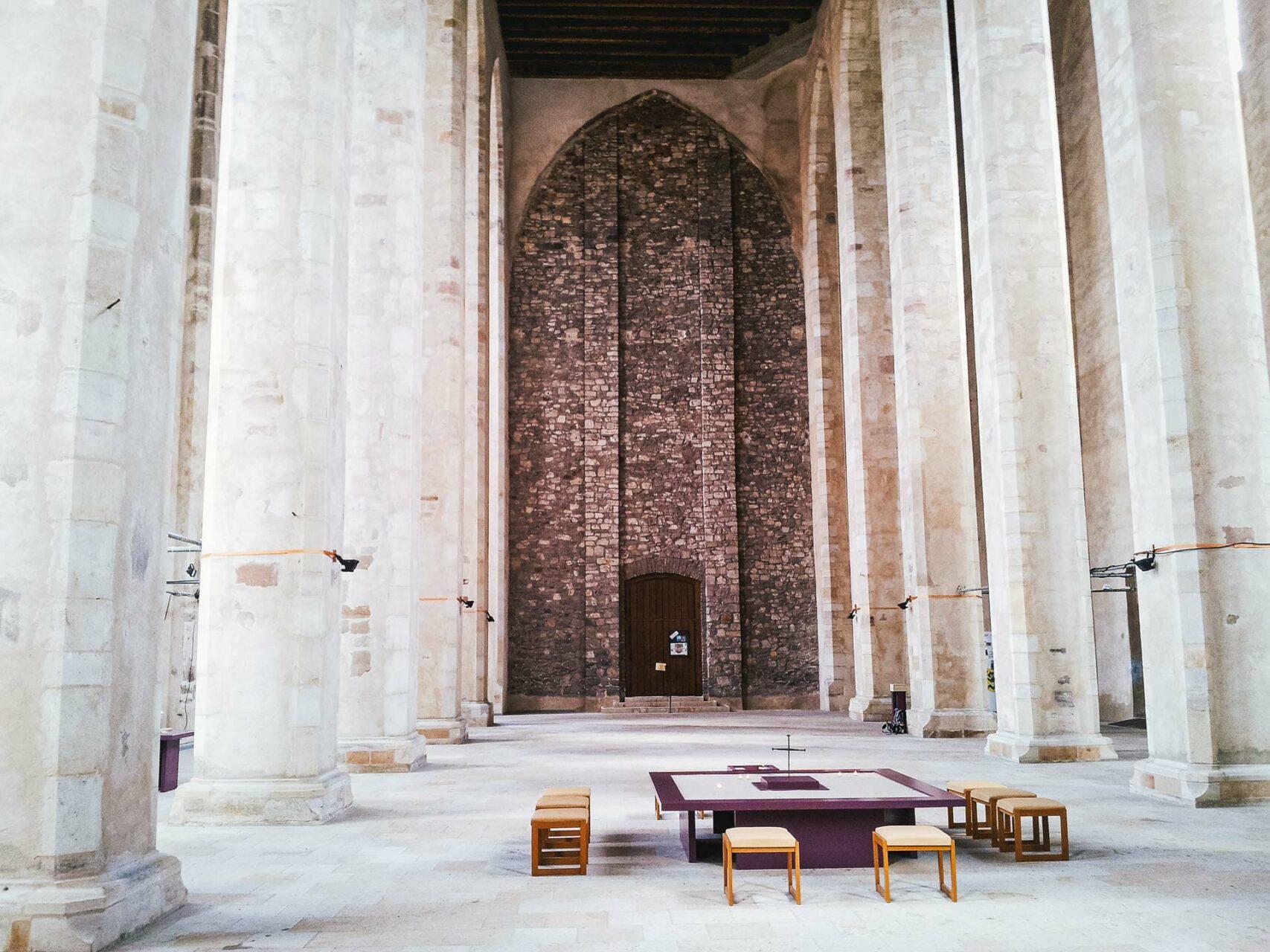 Heute dient die Wallonerkirche als Raum der Erinnerung. Eine ständige Ausstellung in ihr zeigt, wie reich Magdeburg dereinst gewesen sein muss.
