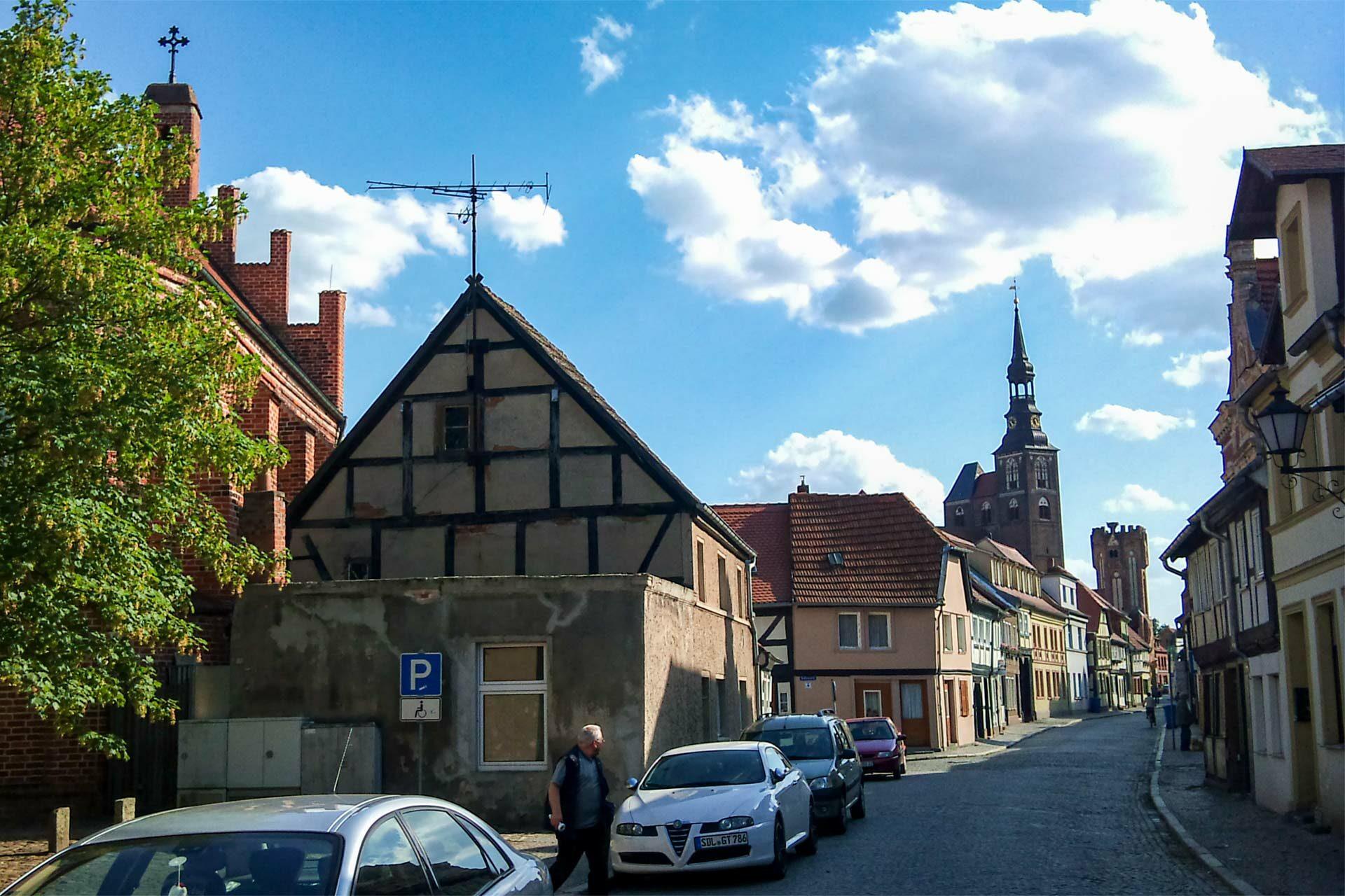 Die Altstadt von Tangermünde. Eine echte Wohltat nach der Unmöglichkeit an Vorstadt.