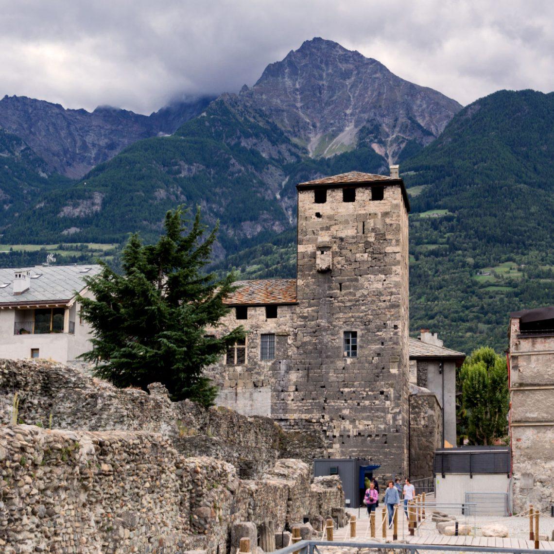 Einer der vielen Wachtürme, die mit der Stadtmauer verbunden noch heute weithin sichtbar sind.